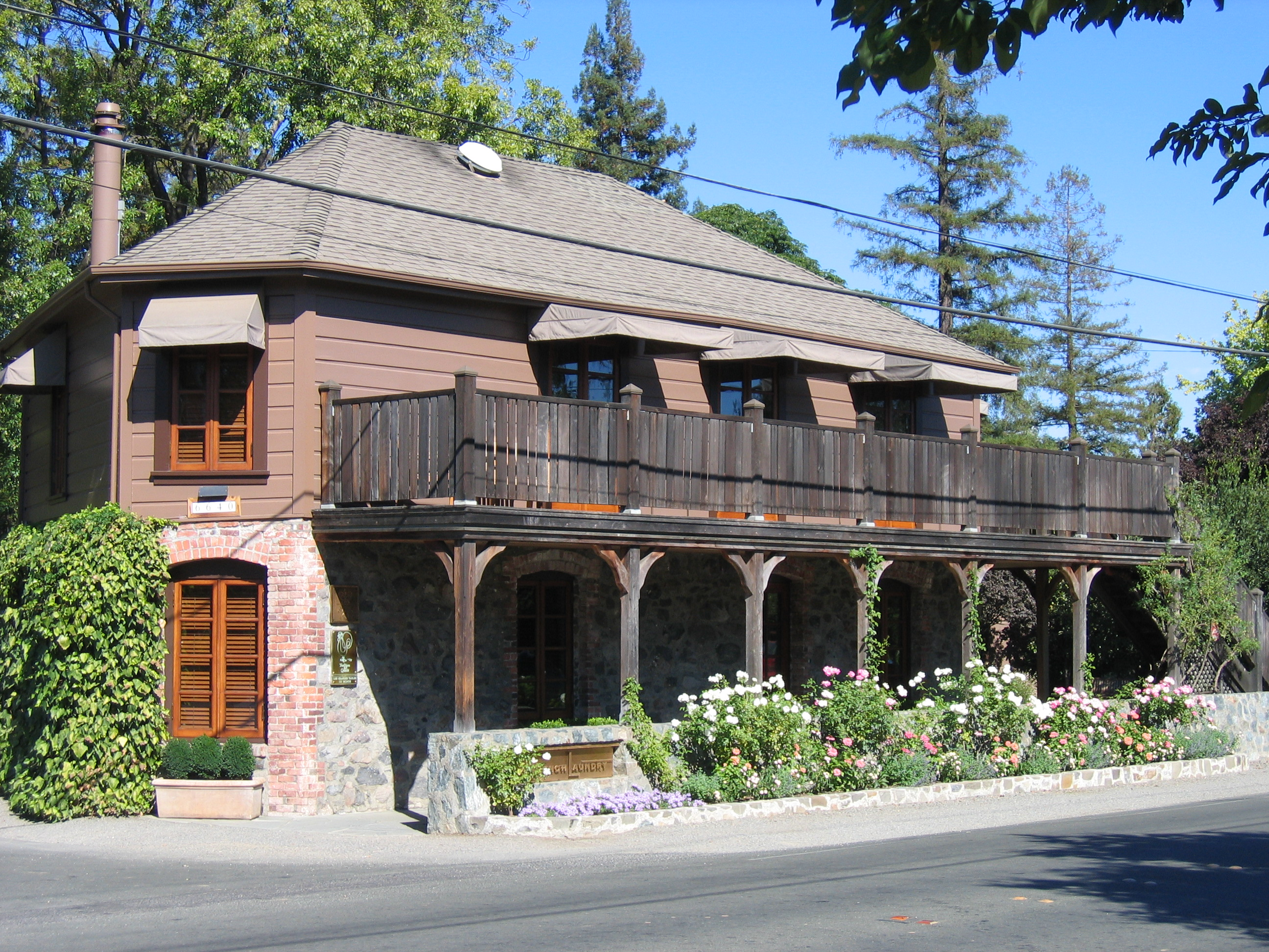 Street view of the French Laundry