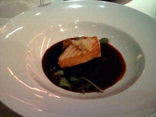 Salmon Adobado con Arroz Negro
